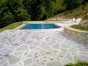 21 grey sandstone Opus Incertum - ardesia grigia