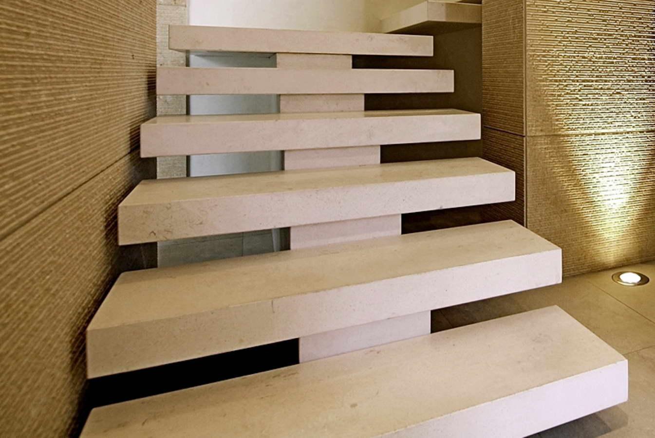 19 pergamena light honed pietra pergamena light levigata - Scale in ardesia ...