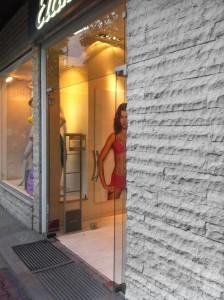 27 Pergamena split face facciate esterne negozi