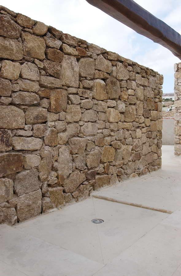 4 pergamena brushed pietra arenaria spazzolata balfin for Zoccolini in pietra