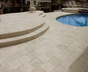 6 Pergamena Brushed - Pietra Arenaria Spazzolata bordo piscina